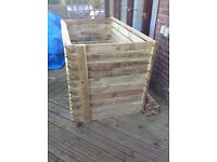 Large easy load compost bin