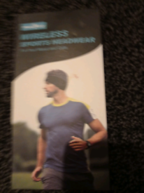 Wireless headwear