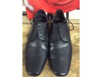 New pair men's leather shoes black size 11 house clearance