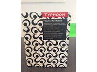 Typhoon fondue set
