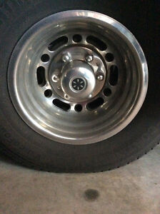 LOOKING FOR A WHEEL COVER - 16 INCH