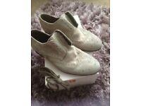 Men's grey Hugo boss suede smart shoes uk size 8