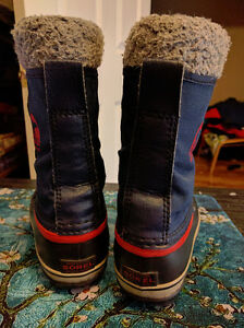 "Boys Size 2 Sorel ""Yoot Pac"" Waterproof Winter Boots, EUC London Ontario image 5"