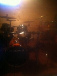 Private drum lessons: 15$ 1/2 hour,20$ an hour Stratford Kitchener Area image 1