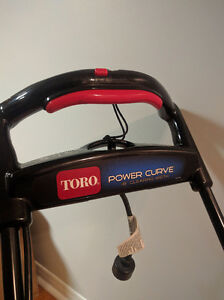 Toro Power Curve Snowblower 1800 Kitchener / Waterloo Kitchener Area image 2