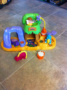 Fisher-Price Little People Baby Dinoland