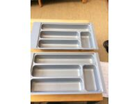 2x plastic drawers inserts