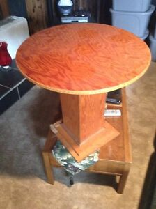Wooden round table - free