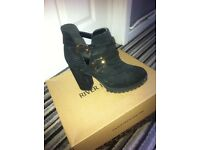 River island sboots size 7