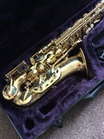 Simba saxaphone with carrying case