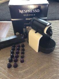 Nespresso Essenza Magimix Coffe Machine with 30+ capsules