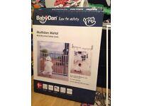 Baby dan wall mounted stair gate