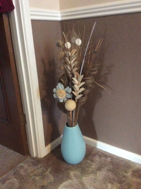 Duck Egg Blue Vase And Flowers In Leighton Buzzard Bedfordshire