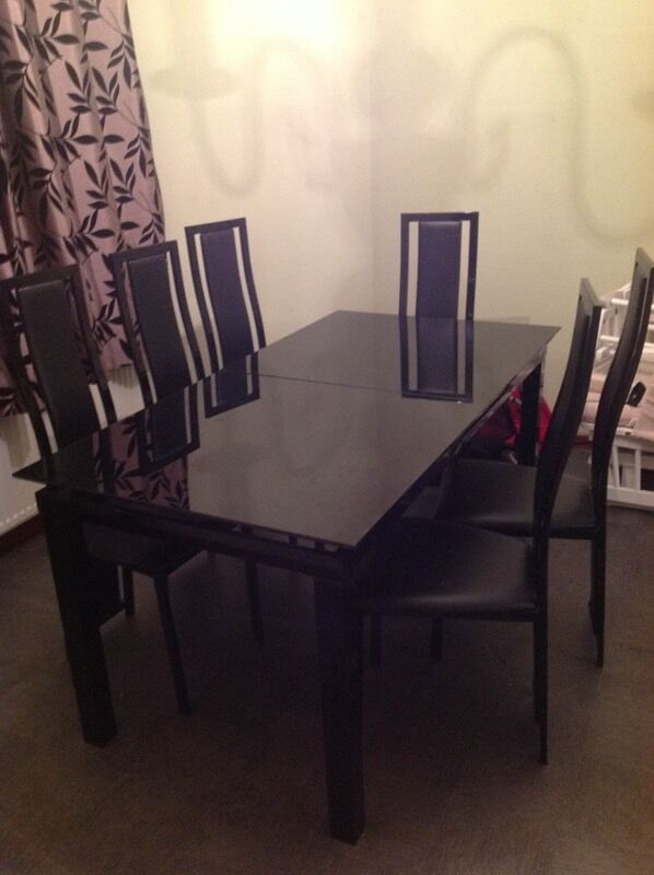 Harvey Black Glass Noir Extending Dining Table And 6 Chairs