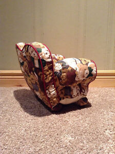 Mini Couch for dolls and collectible figurines.Teddy Bear design Kitchener / Waterloo Kitchener Area image 2