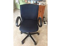 Comforto rise and fall office chair.