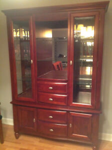 Gorgeous China Cabinet - Perfect Condition