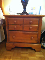Pine. 2 Drawer chest of drawers