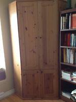 Armoire bureau en coin Ikea en bois