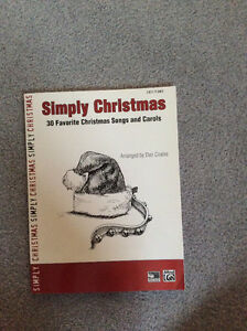 30 Favourite Christmas Songs and Carols Easy Piano