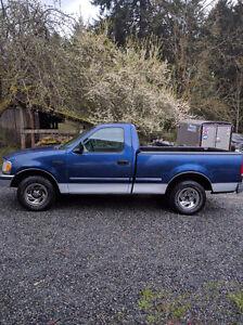 1997 Ford F-150 Xl Pickup Truck