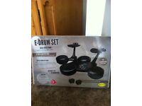 Electric drum kit used 2 times like new in box £25