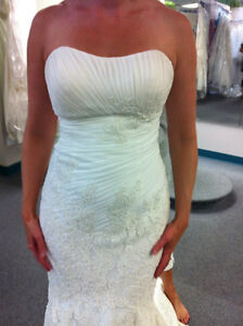 Size 8 - Have the wedding dress of your dreams -