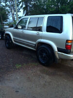1999 Isuzu Trooper SUV, Crossover
