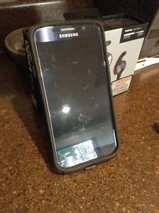 **Looking to trade** Samsung S6 32GB for iPhone 5S