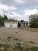House and 5 acres for sale - 5 km North of Vermilion