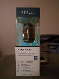 Fitbit Charge L/G West Island Greater Montréal image 1