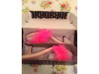 Boxed boudoir slippers