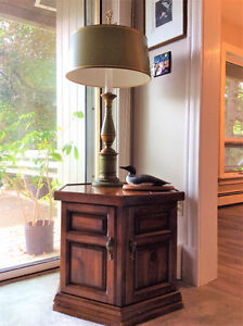 SOLID PINE HEXAONAL STORAGE END TABLE