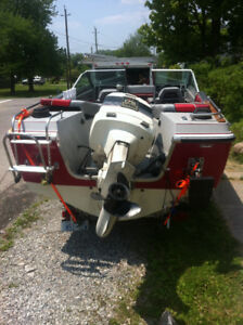 19 ft Larson boat for sale
