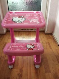 Hello Kitty Desk