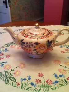 ARTHUR WOOD TEA POT