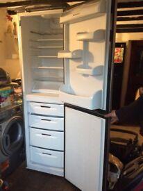 Hotpoint fridge freezer graphite grey FFA97