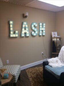 Room for rent $500 monthly - eyelash extensions, massage etc