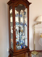 REDUCED - BEAUTIFUL SOLID WOOD CANADIAN MADE CURIO CABINET