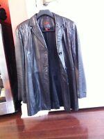 Manteau de cuir Danier pour femme noir