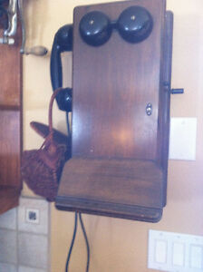 Vintage Antique Wall Telephone