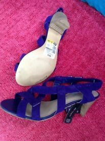 M&S purple sandles