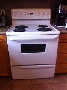 10 year old Fridgidaire Stove