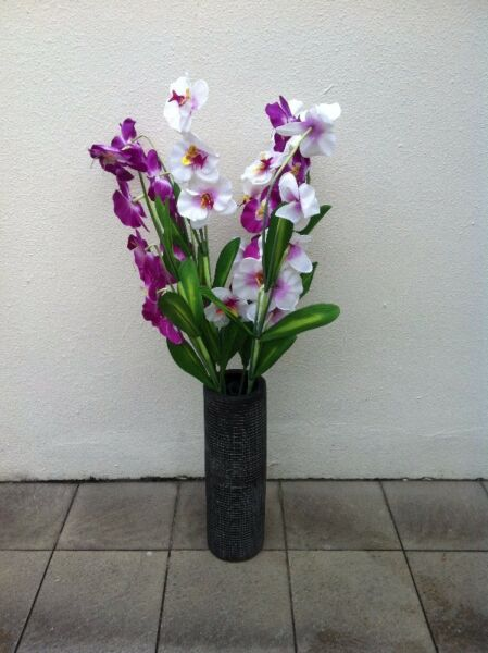 Artificial orchid flowers (6 branches) vase not included
