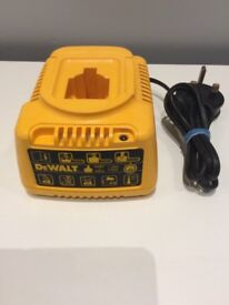 Dewalt 18v Battery Charger (Can Deliver)