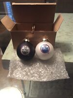 NHL Edmonton Oilers Christmas tree ornament set.