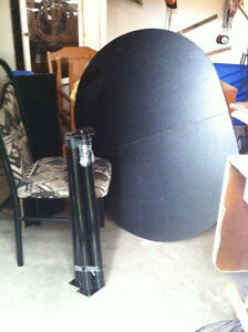 """Black Oval Table 48"""" long with 1"""" insert and 4 cool chairs London Ontario image 1"""