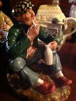 RARE ROYAL DOULTON FIGURINE THE WAYFARER FIGURINE. HN 2362