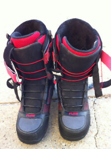 """FLOW SNOWBOARD BOOTS   """"hot buy""""!!!!!   (10.5 size)"""
