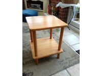 SMALL PINE SQUARE TABLE